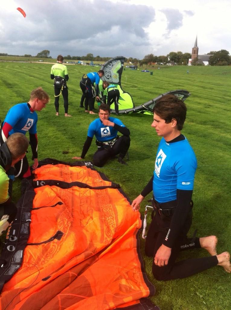 Kitesurfles-Noord-Holland-KiteFEEL-Opleiding-Kitesurfer