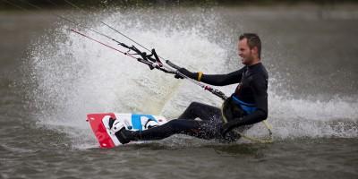 Kitesurfschool-KiteFEEL-Sven NH