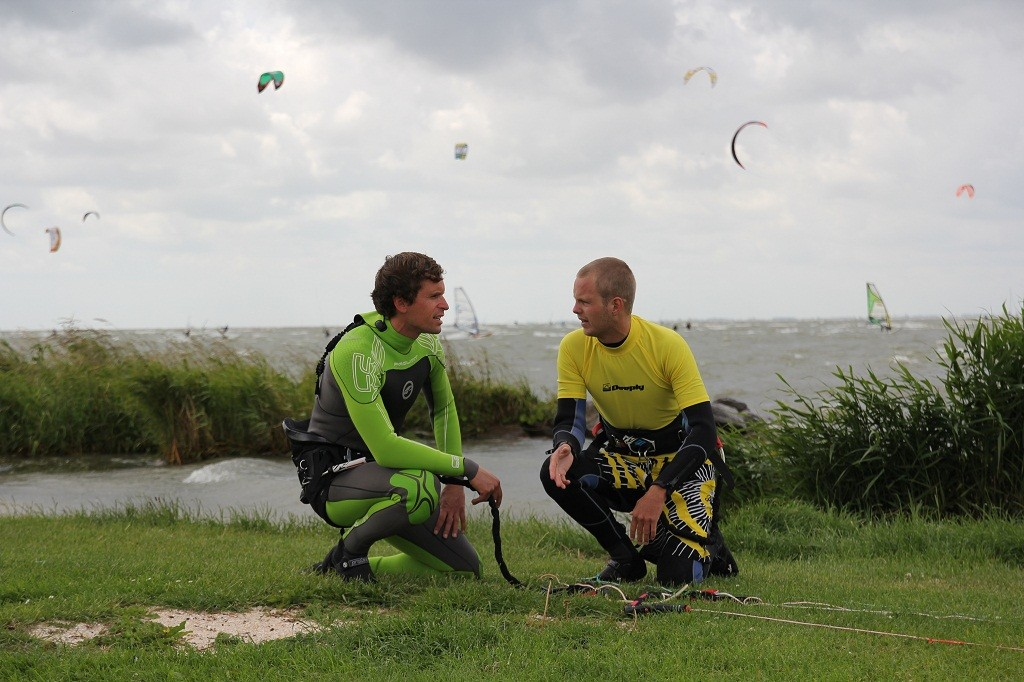 Kitesurfles-Schellinkhout-Kitesurfschool-Noordholland